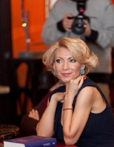 Алина Делисс и Дана Релли о встрече с Дугласом Кеннеди