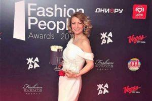 Алина Делисс получила премию Fashion People Awards